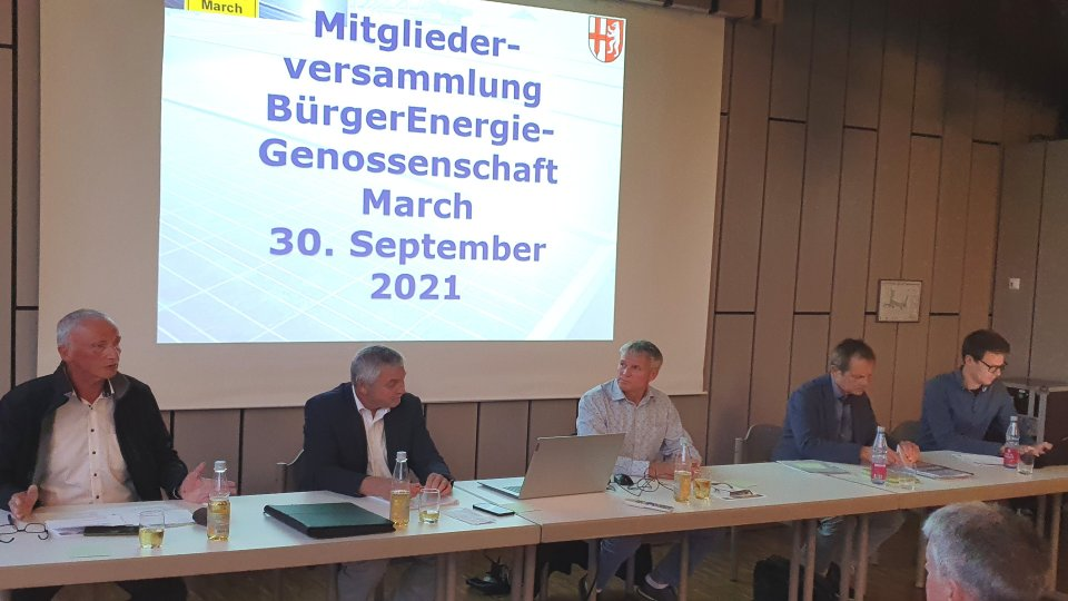 Aufsichtsratvorsitzender Herbert Koldewey begrüßte die Mitglieder